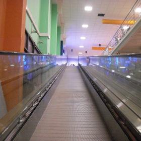 tappeto mobile centro commerciale