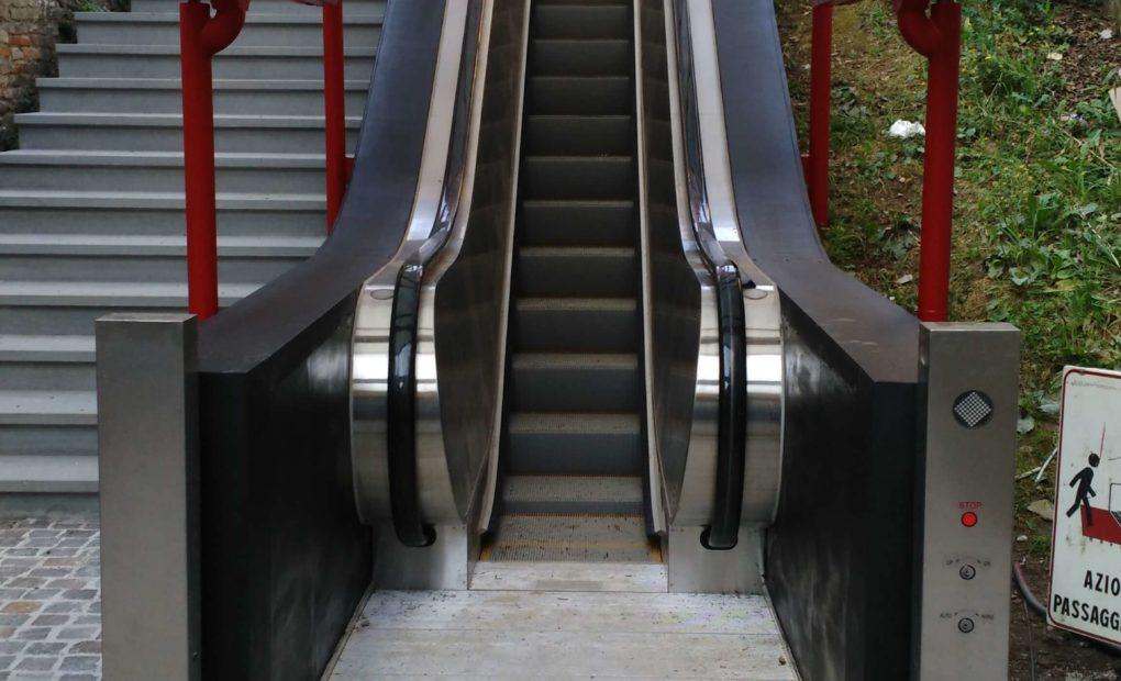 scale mobili uso pubblico città di castello